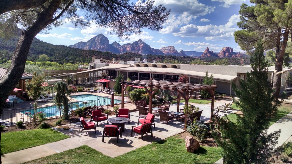 Sedona-Grand Canyon Yoga, Hiking and Meditation Retreats at Arabella Hotel in the Heart of Sedona