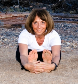 Johanna Maheshvari Mosca doing yoga at Sedona's Cathedral Rock Vortex